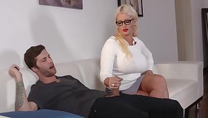 Very Bad Milf Alura Jensen Words The House