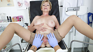 hairy 71 years old mom pov fucked wide of her doctor