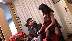 Cougar debilitating stockings object slammed hardcore in a homemade scene