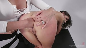 Hot girls Ariel X coupled with Kacie Castle anal distention with fisting