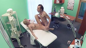 Erotic fantasy caught on cam between the doctor and the guardianship